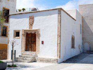 The Casa de la Cúria, the island's old court house
